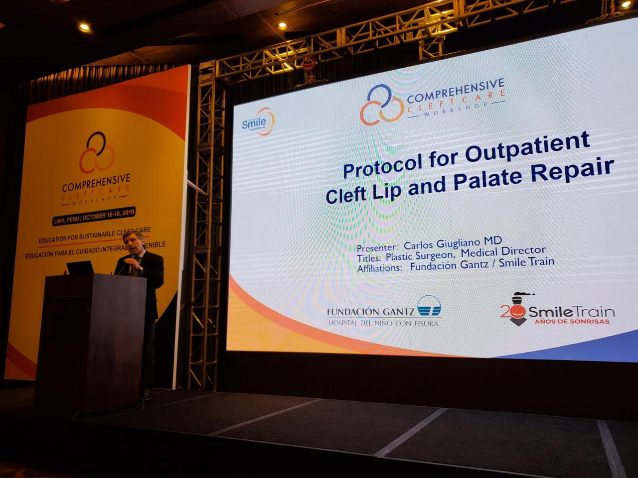 Dr. Carlos Giugliano expositor de International Comprehensive Cleft Care Workshop (CCCW) en Lima, Perú
